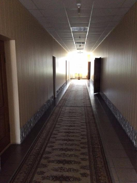В коридорах отеля