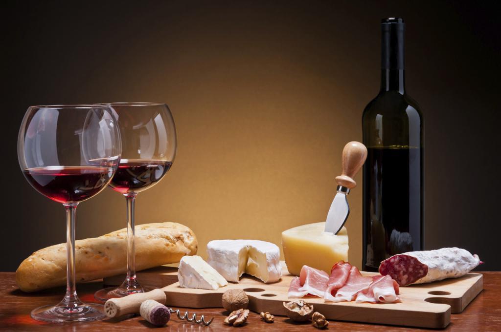 В кафе богатый выбор вин