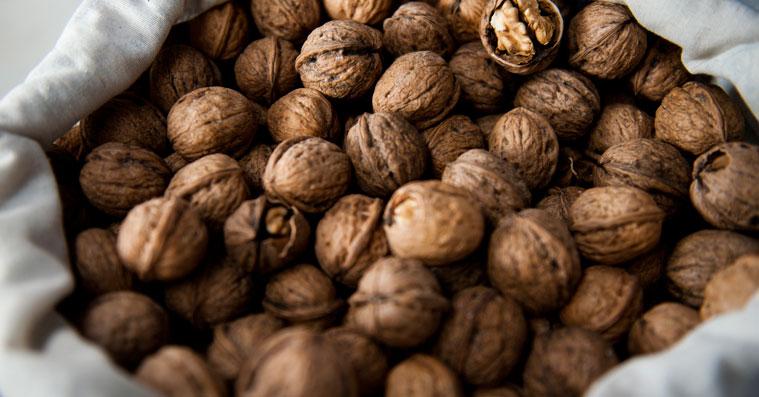 грецкие орехи можно или нет при гв