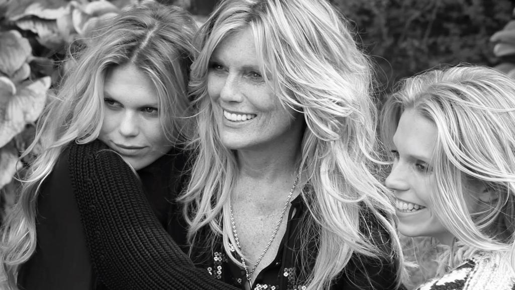 Патти Хансен с дочерьми