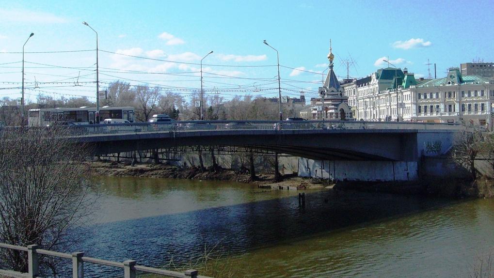 Юбилейный мост