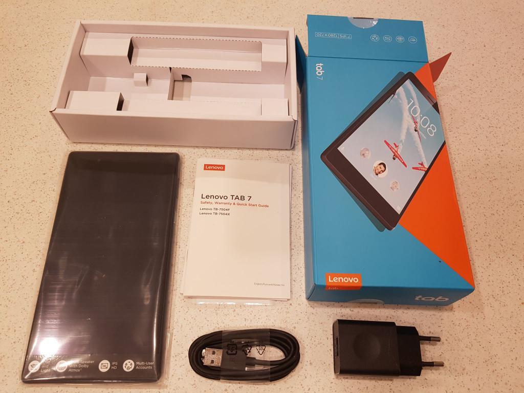 хороший и недорогой планшет Lenovo Tab 4 TB-7504X
