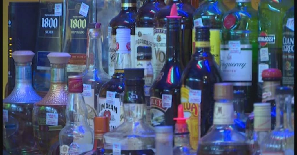 Алкоголь лицам моложе 18 лет закон