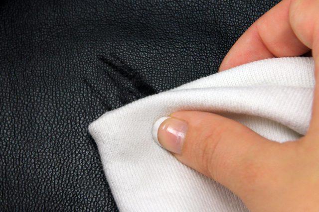 как восстановить кожаную куртку после дождя