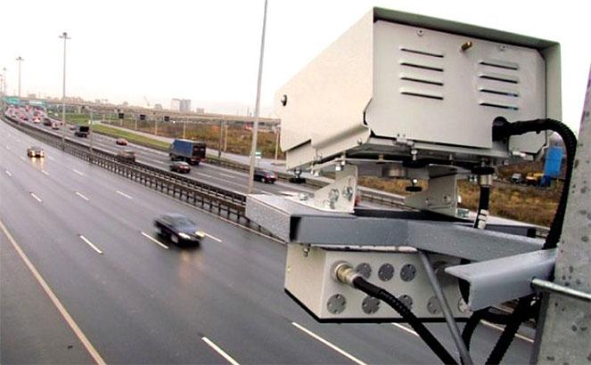 видеорегистратор на дороге
