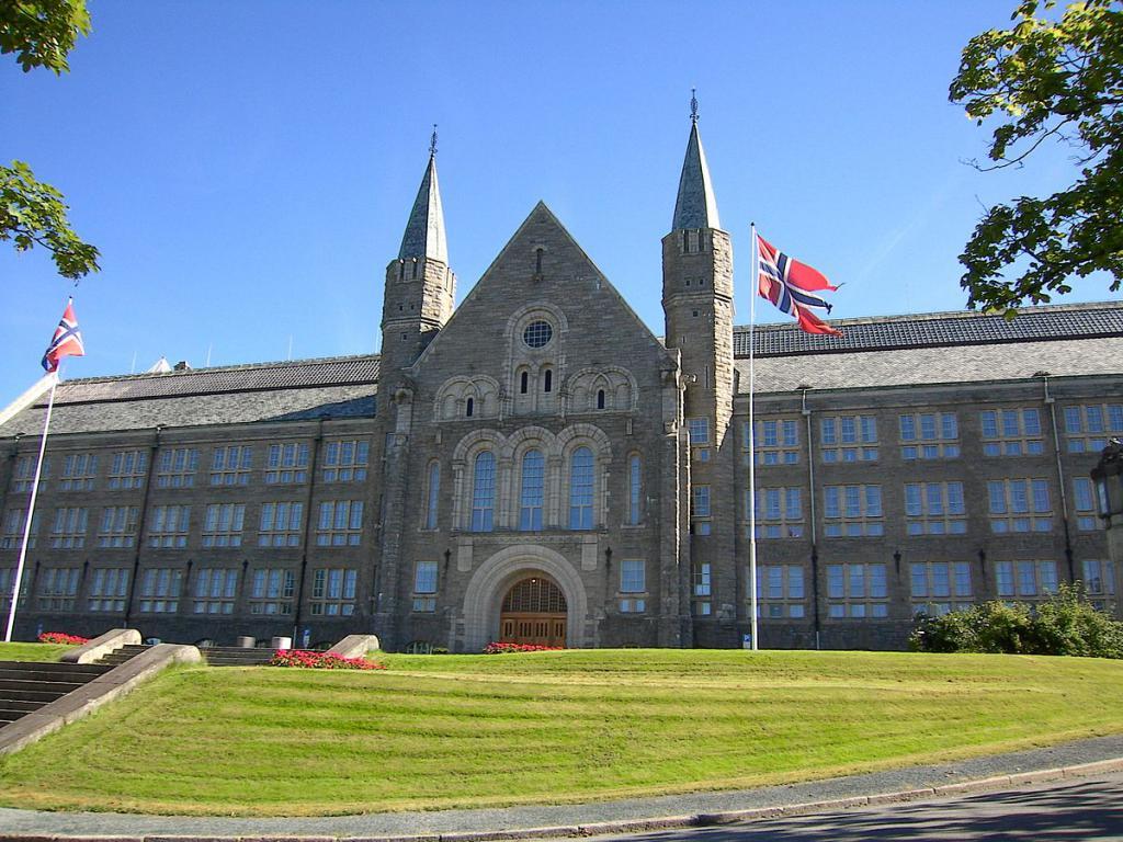 Норвежский университет