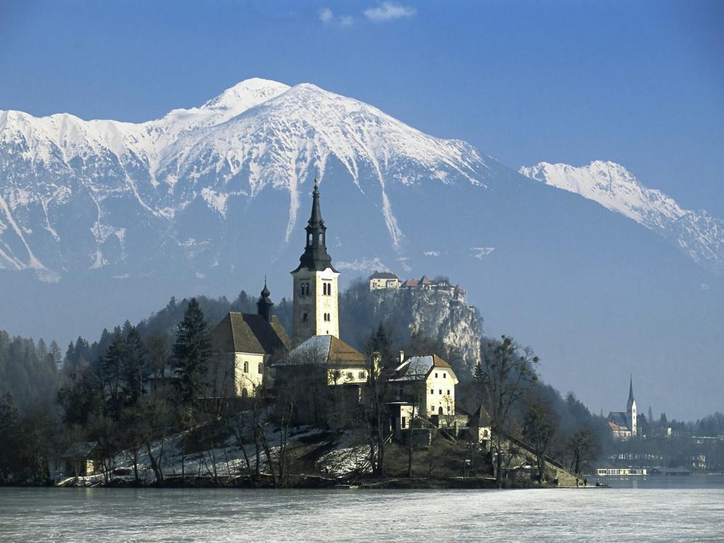 Словенское озеро