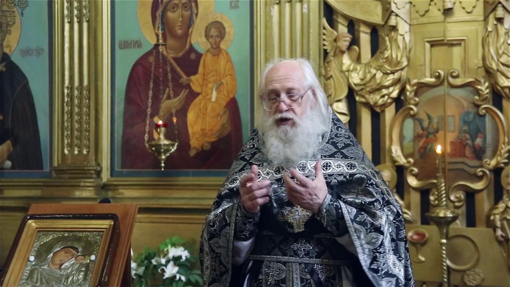 Андрей Логвинов в храме