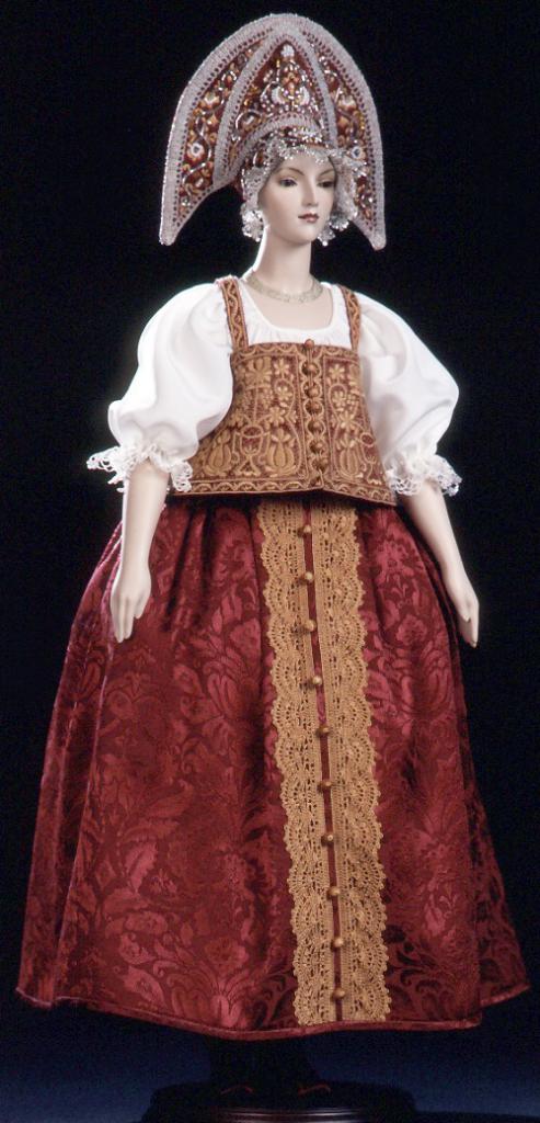 русская кукла кукиновой
