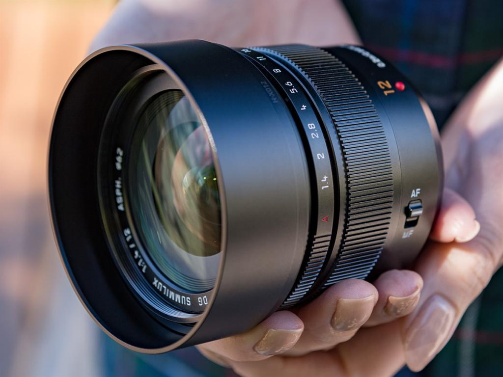 Panasonic Leica Summilux 12mm F1.4
