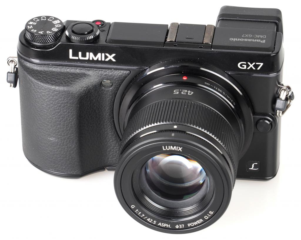 Panasonic LUMIX G 42.5mm f/1.7