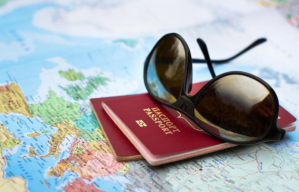 паспорт и очки