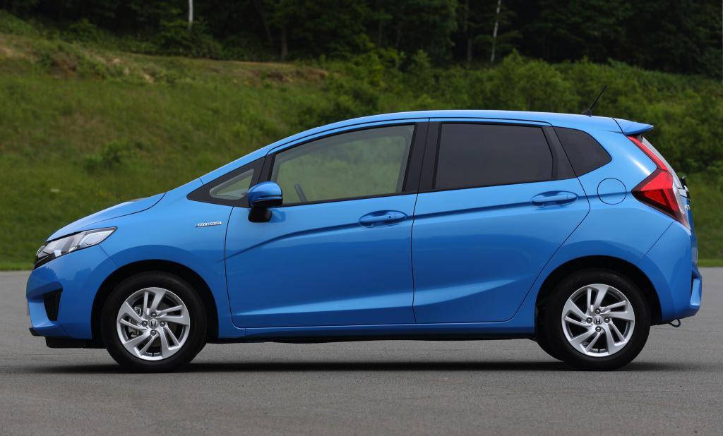 хонда фит гибрид отзывы владельцев
