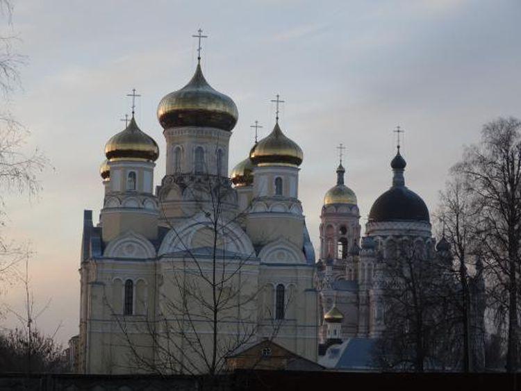 Андронниковский собор Казанского монастыря в Вышнем Волочке