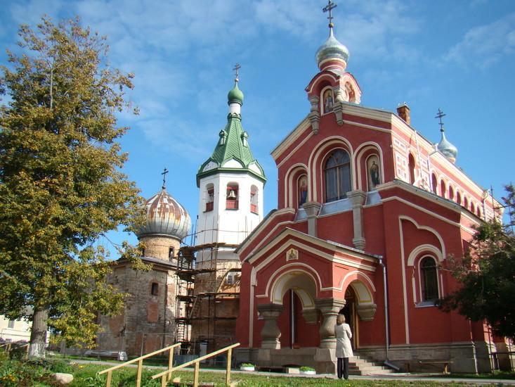 Никольский монастырь, Церковь святого Иоанна Златоуста