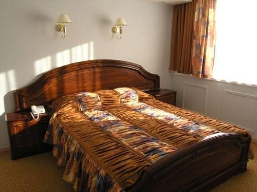 недорогие гостиницы в Архангельске телефон