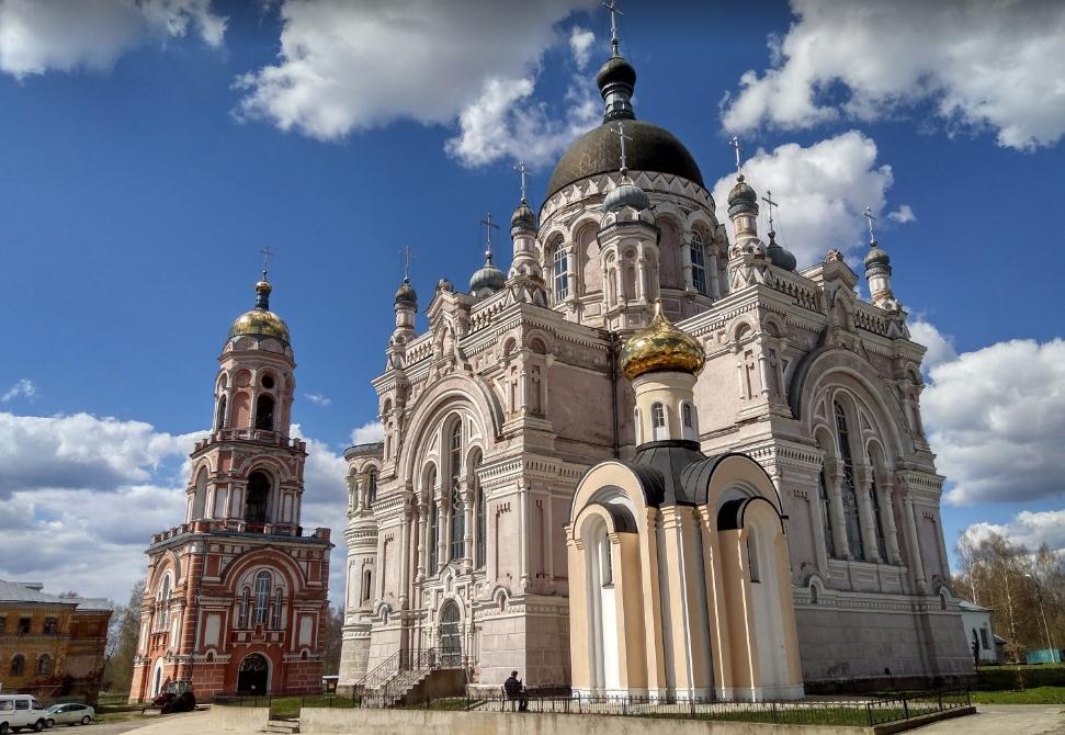 Церковь Ефрема Сирина, Казанский собор, часовня Веры, Надежды, Любови и матери их Софии