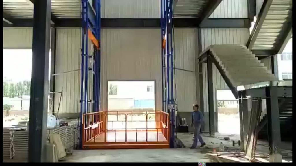 размер кабины грузового лифта