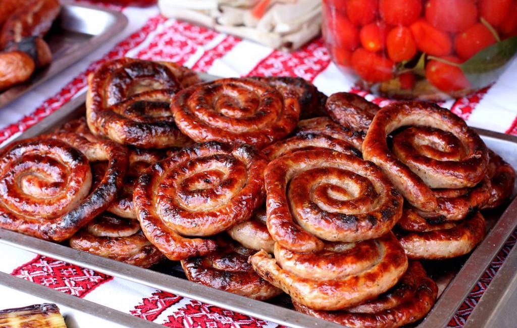 как приготовить домашние колбаски в духовке