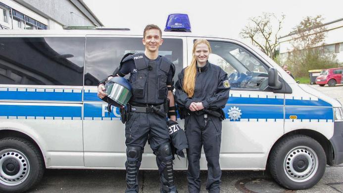 какая зарплата у полицейского в россии