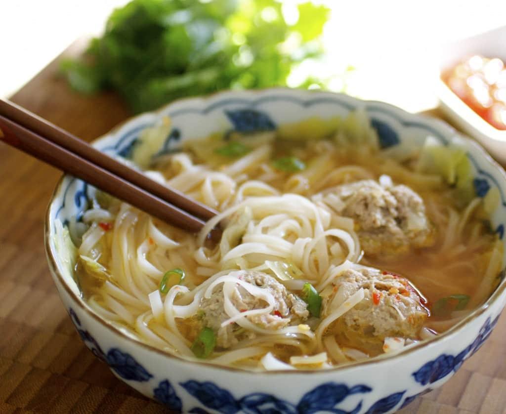Суп без зажарки с фрикадельками