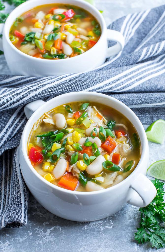 Овощной суп с курицей без зажарки