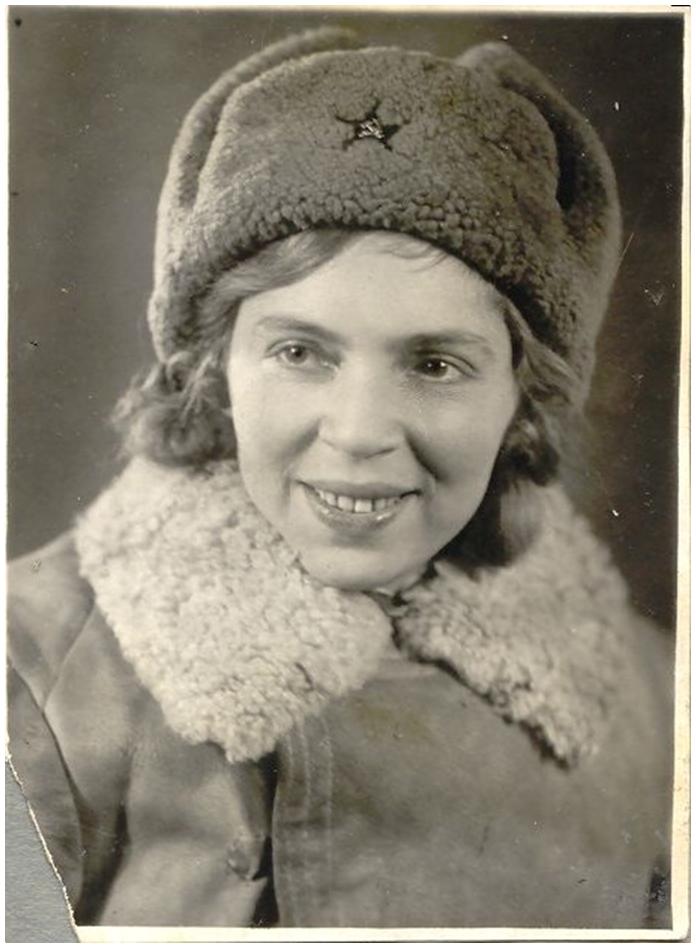 Мать Ларисы - Изабелла Миллер