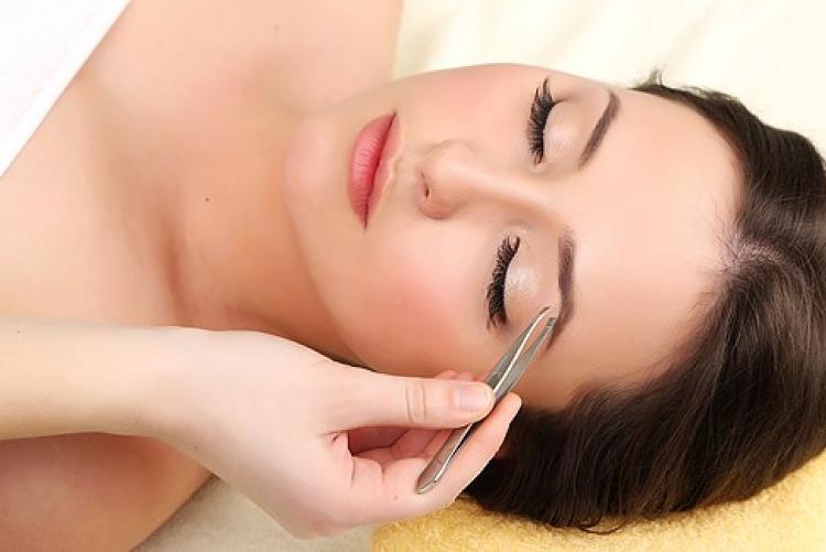 макияж бровей в салоне