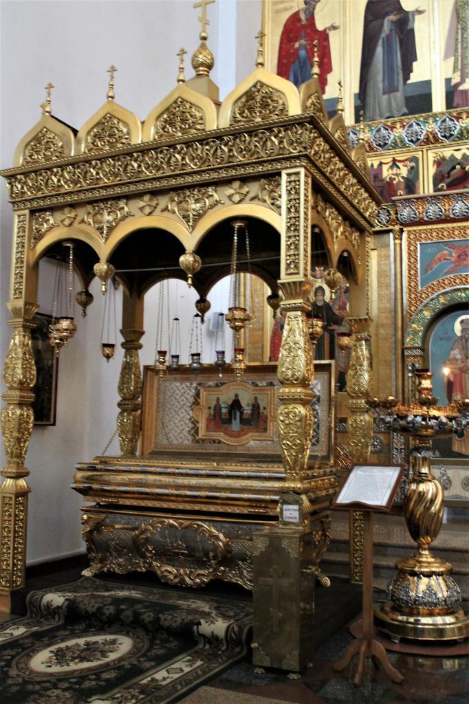 Церковный интерьер