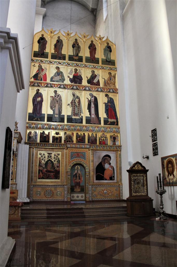 Часть православного алтаря