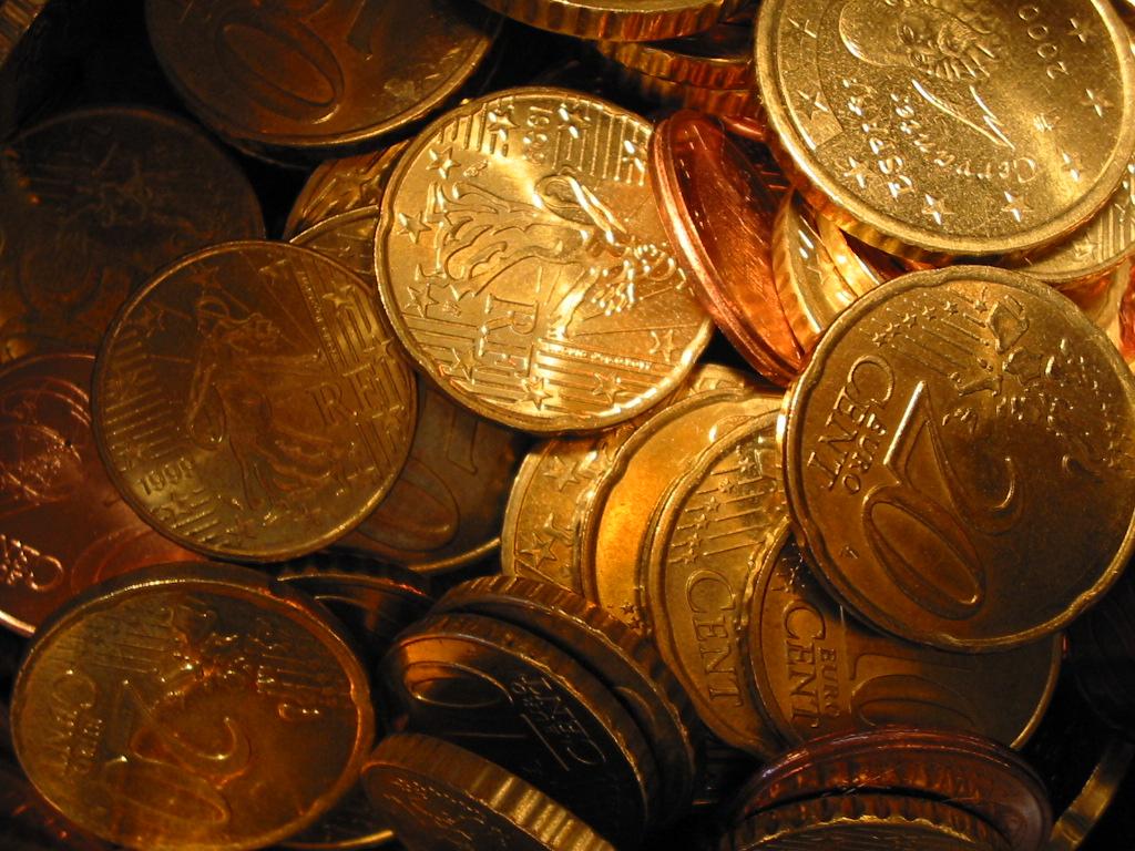 Определяющая роль денег