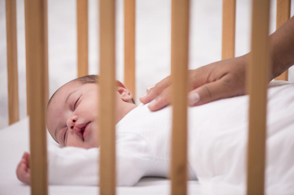 Как заставить ребенка спать: несколько способов