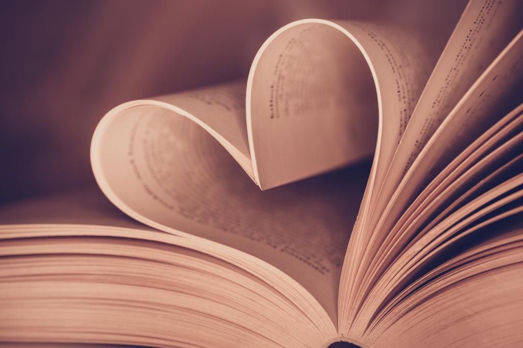 сердечко в книге
