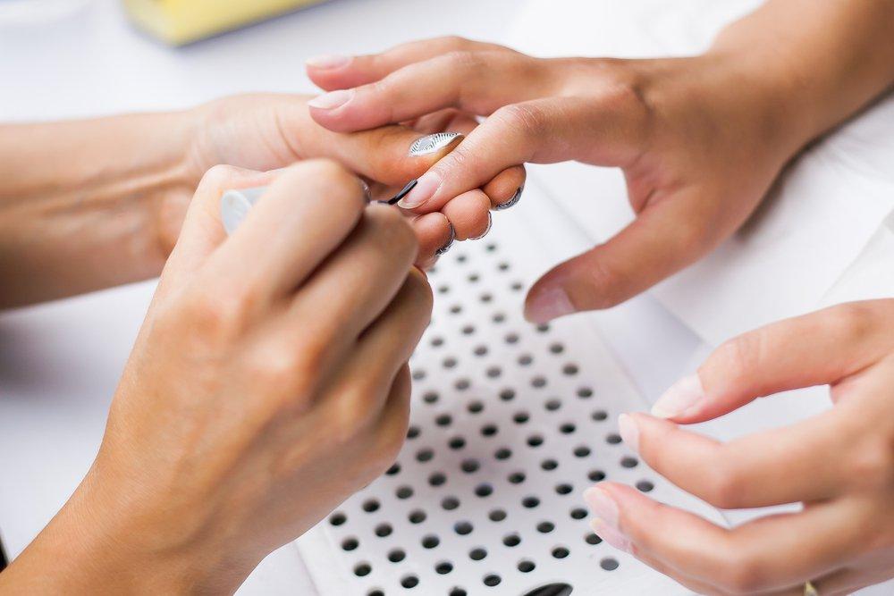 как правильно обрабатывать ногти на руках