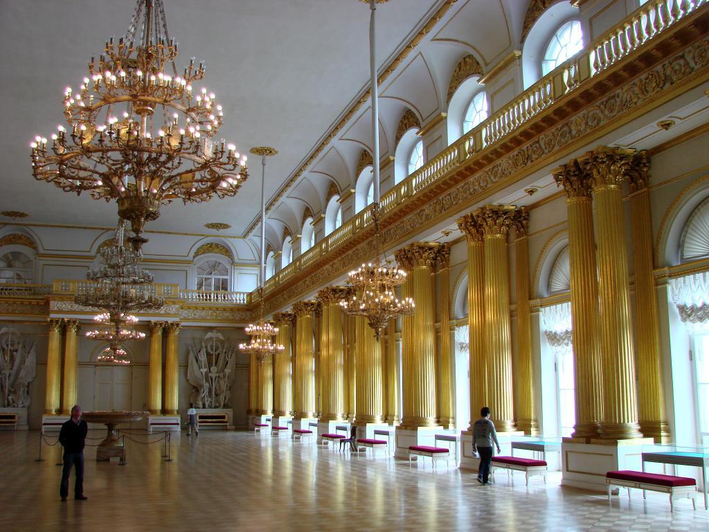 Парадный зал Зимнего дворца