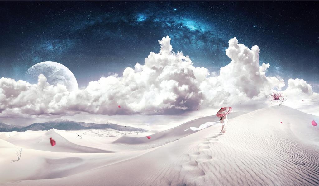Девочка идет по пустыни