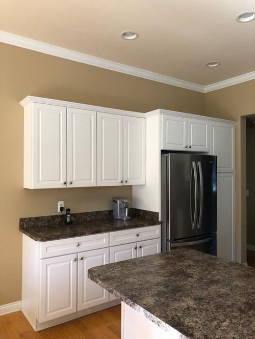 какой натяжной потолок сделать на кухне