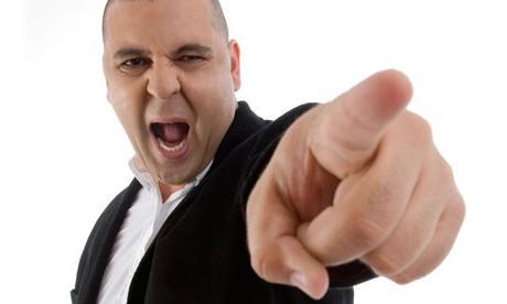 Как ответить вежливо на оскорбление