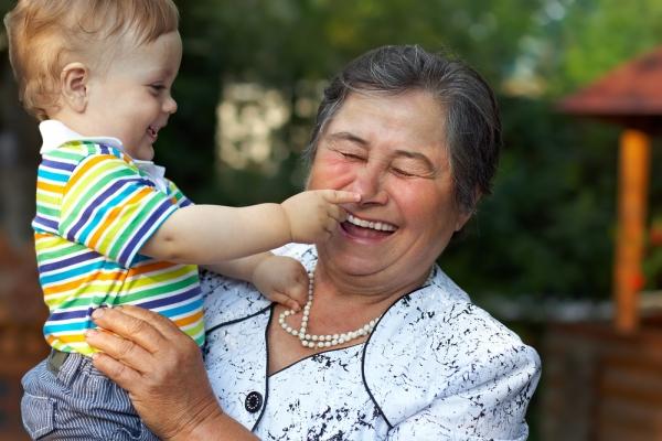 общение внука с бабушкой