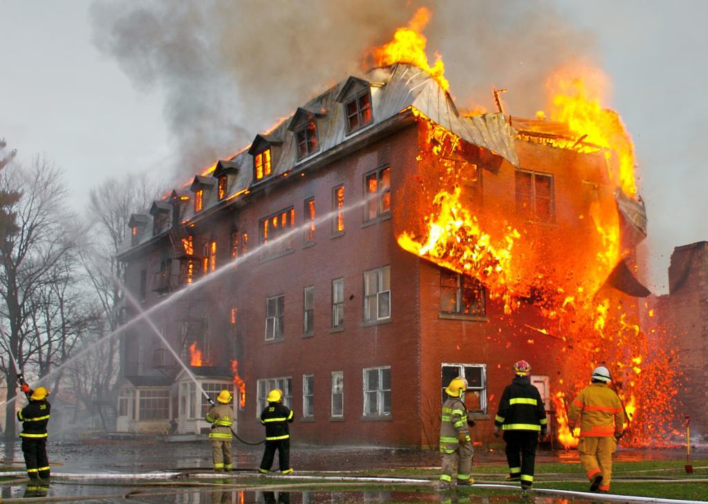 работа пожарников