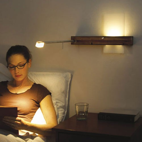 настенный светильник с двумя источниками света