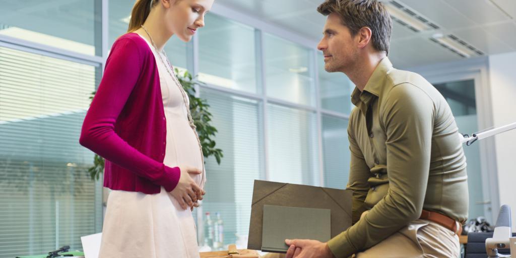 беременная сотрудница и начальник