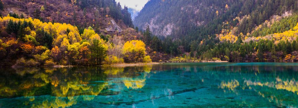 Озеро Пяти Цветов (Китай)