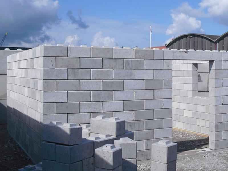 строительство загородного из пенобетона