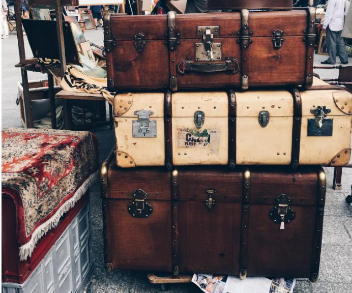 Вещи на рынке Ванв