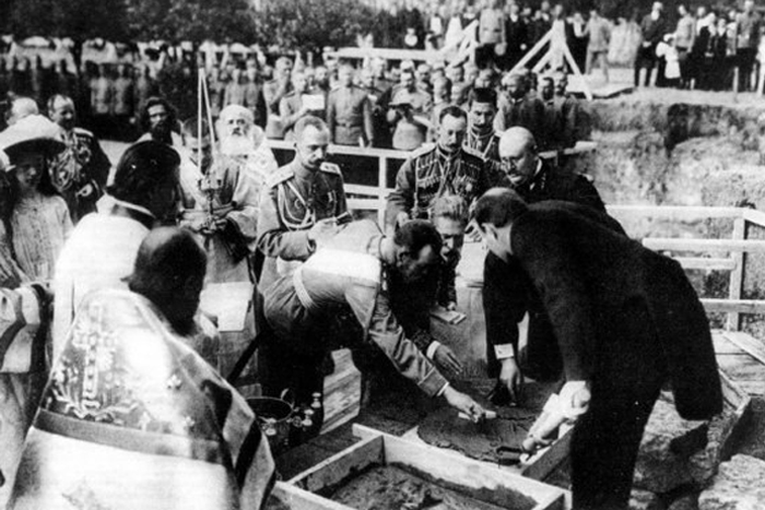Николай II принимает участие в проектировке