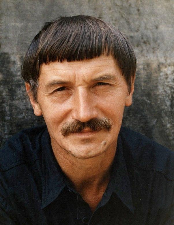 вячеслав клыков скульптор