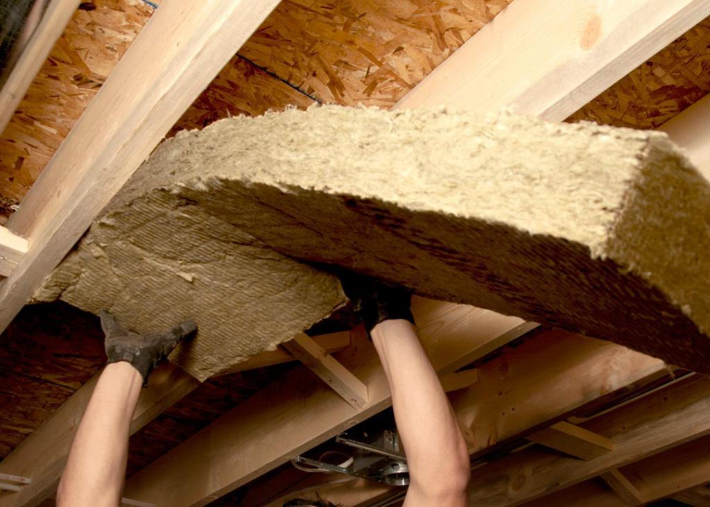 Утепление мансардной крыши частного дома минватой