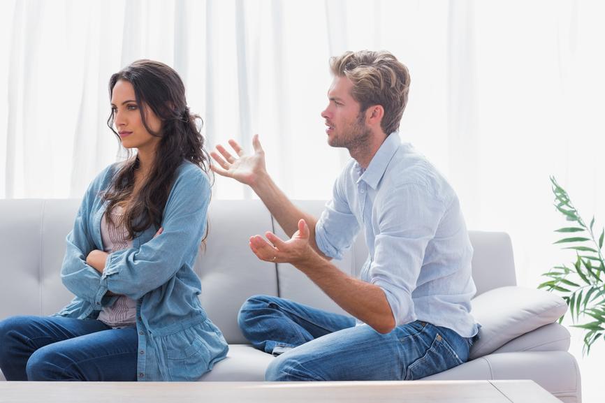 муж заставил признаться жену в измене