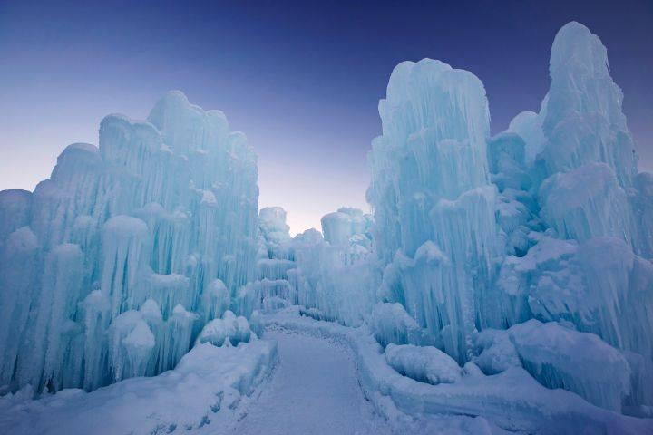 какого цвета лед самый прочный